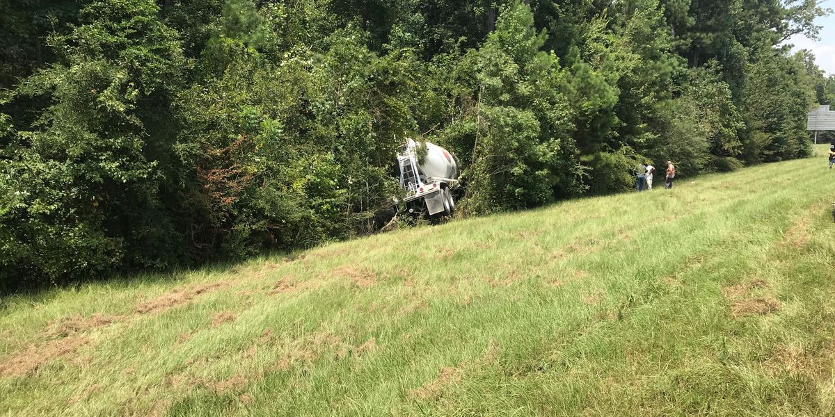 MHP: I-59 crash possibly caused by medical emergency; 1 dead