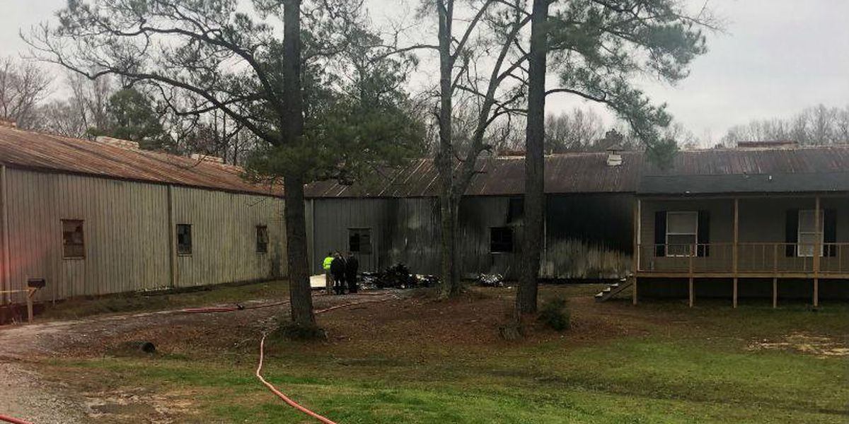 3 killed in small plane crash that took off in Jackson, crashed in La.