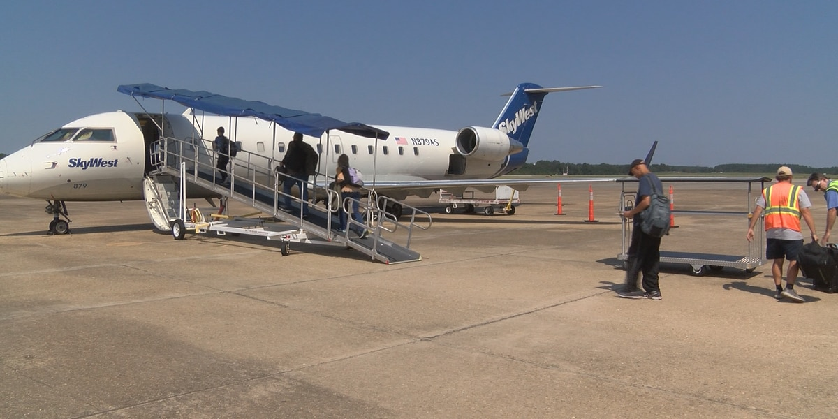 New schedule at PIB adds extra Dallas flight, cuts Chicago route