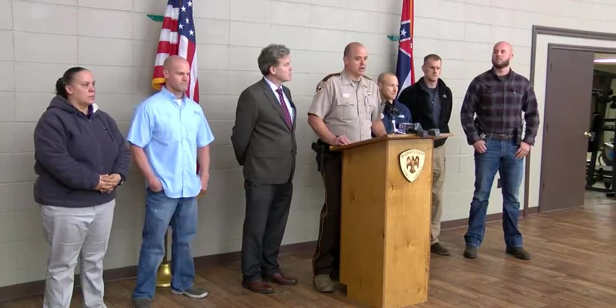Officials give update on Jones County murder investigation