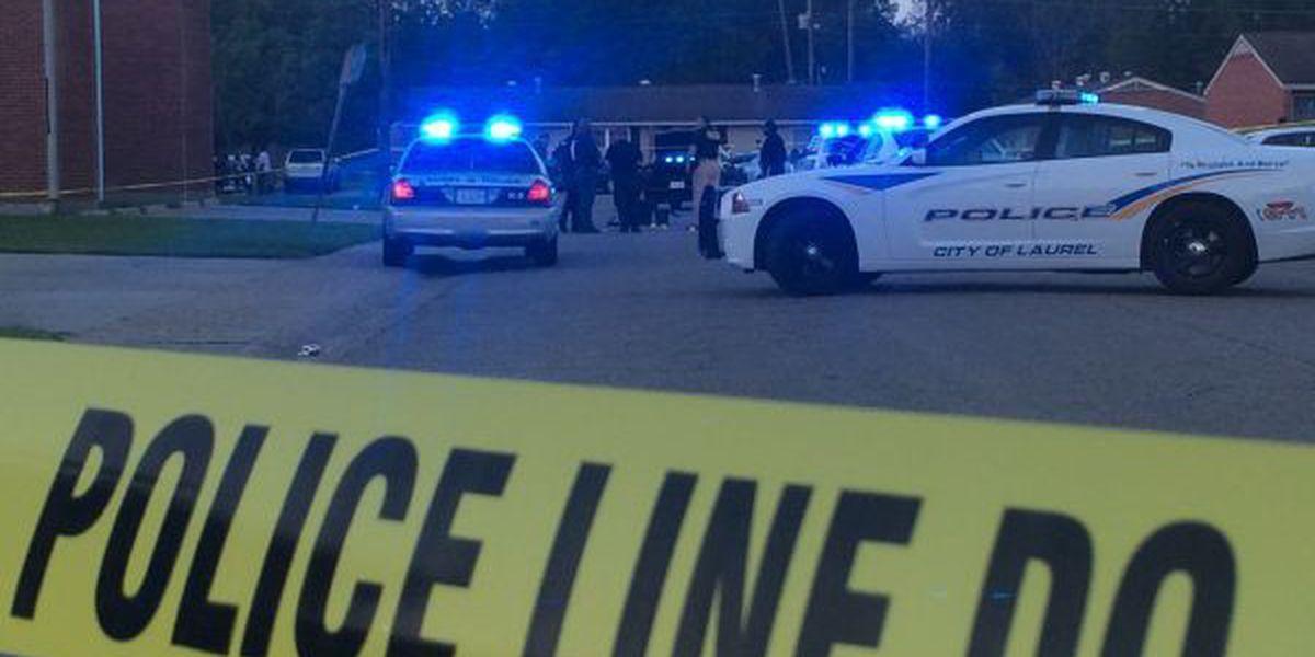 1 dead, 1 in custody after a fatal shooting in Laurel