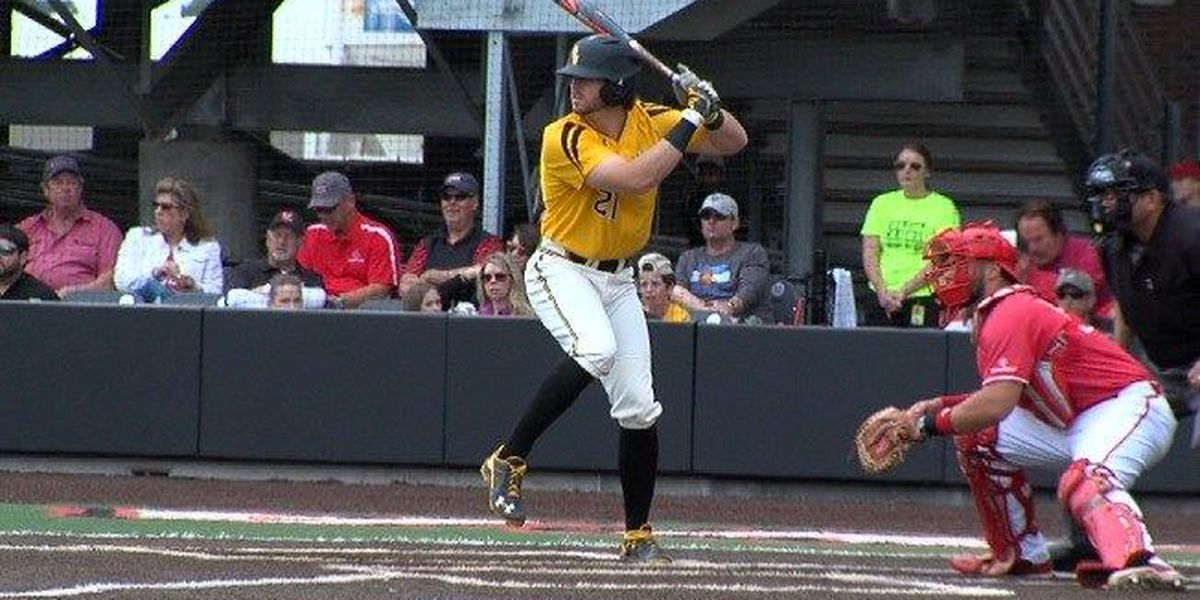 USM completes sweep of UAB, clinches C-USA title