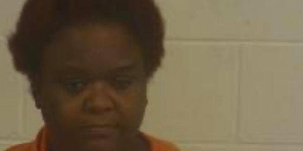 Woman accused of sneaking pills into Marion County Regional Correctional Facility