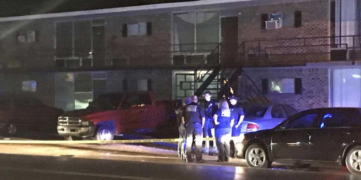 Man with multiple gunshot wounds found in Hattiesburg parking lot