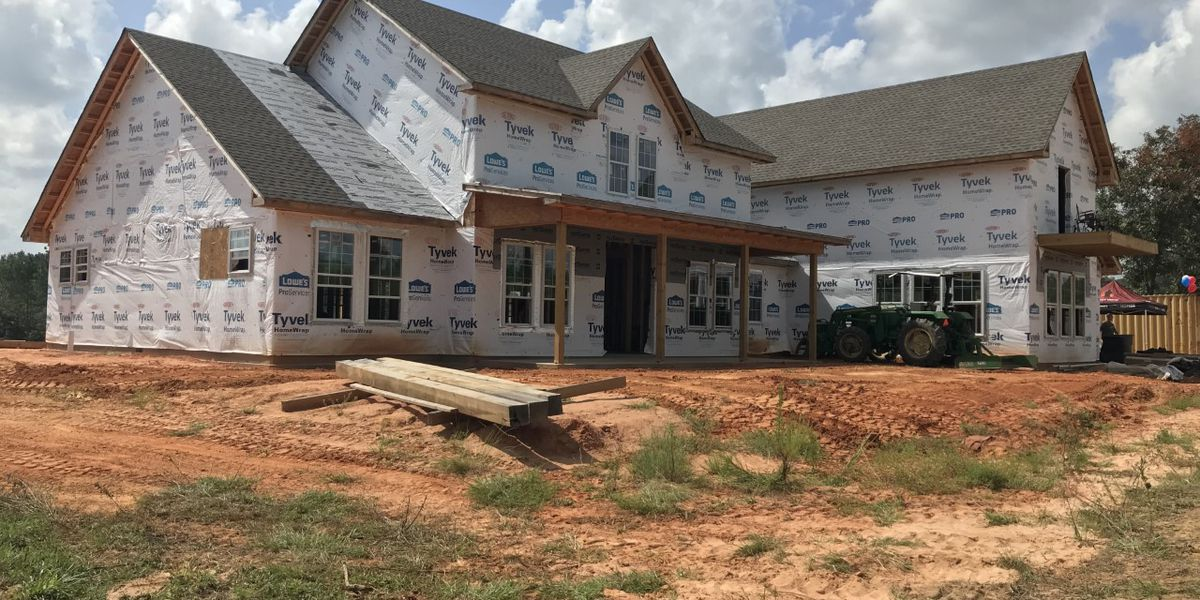 Home builders hope disabled veteran's home can be finished by Christmas
