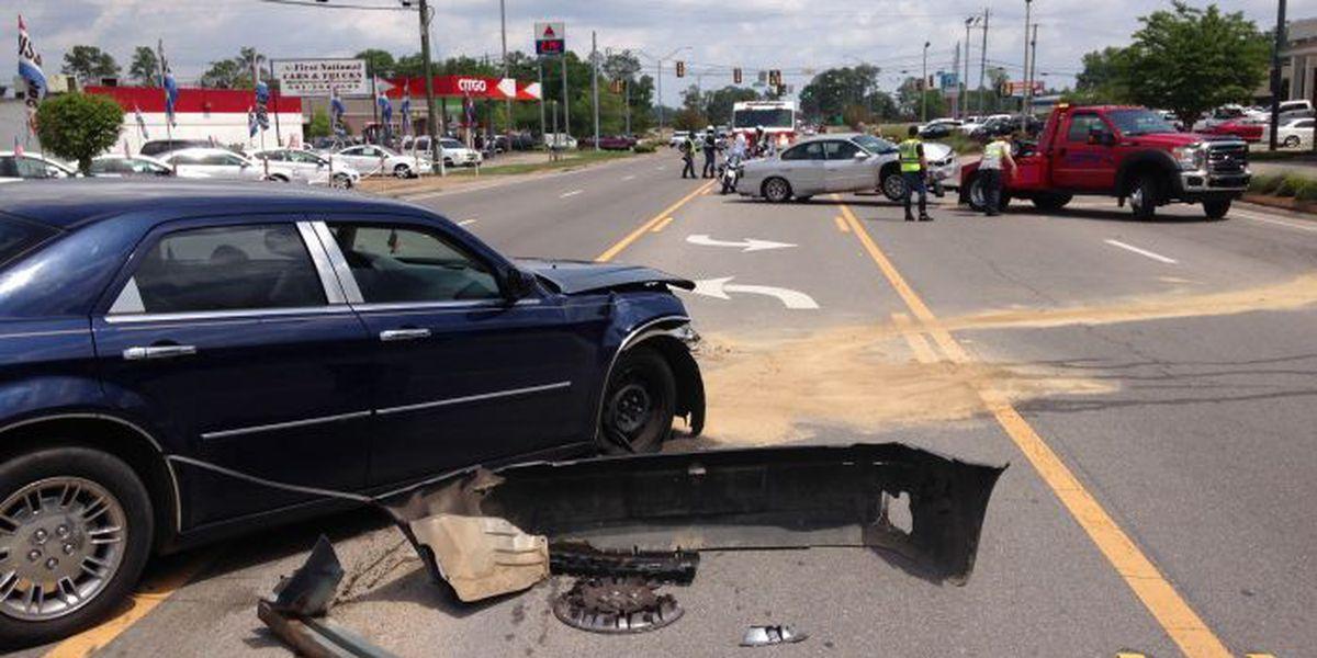 TRAFFIC ALERT: Wreck stalls traffic on US 11