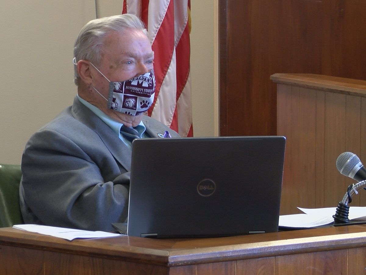 Jones Co. Board of Supervisors encourage residents to continue wearing masks