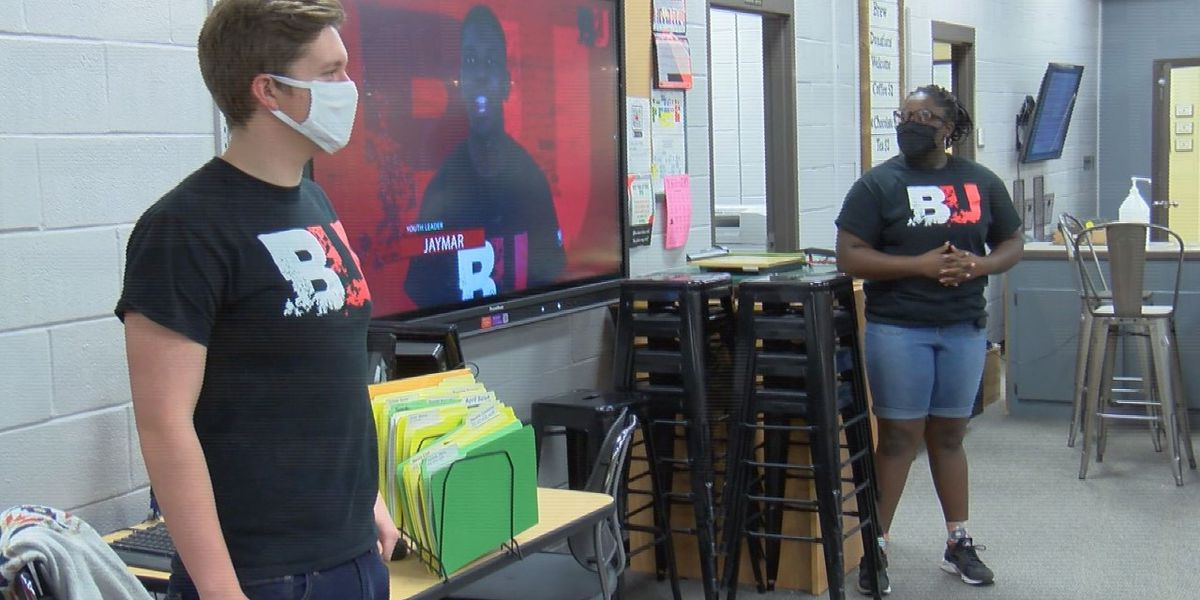 Student-led Youth Tobacco Prevention Program held at Petal High School