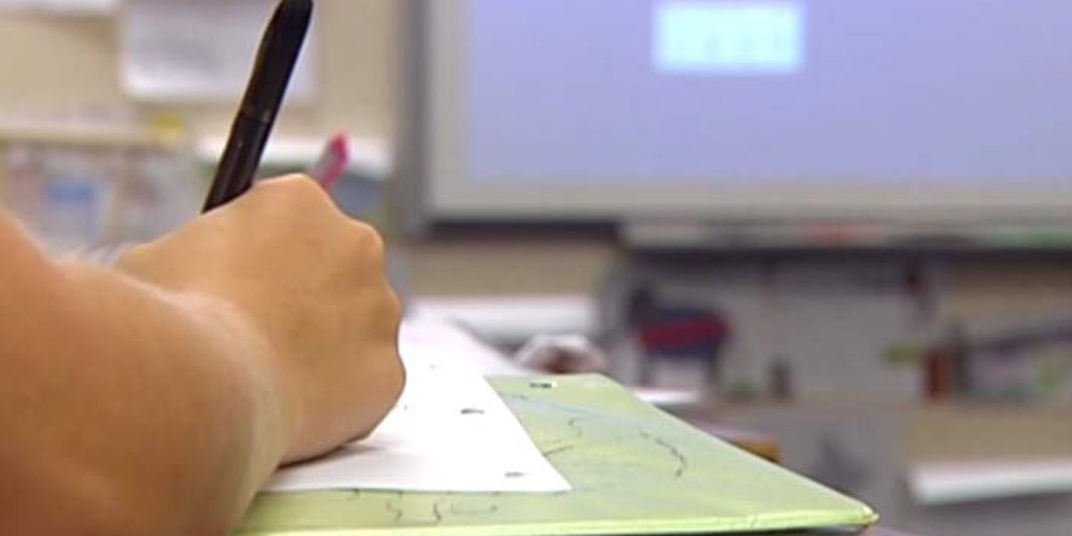 Mississippi teacher pay raise plan headed to governor
