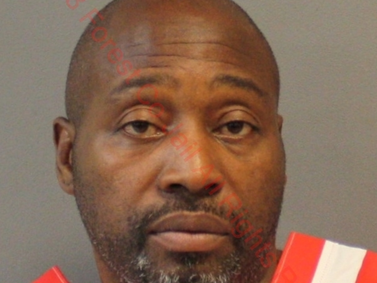 USM police arrest suspect in burglary cases