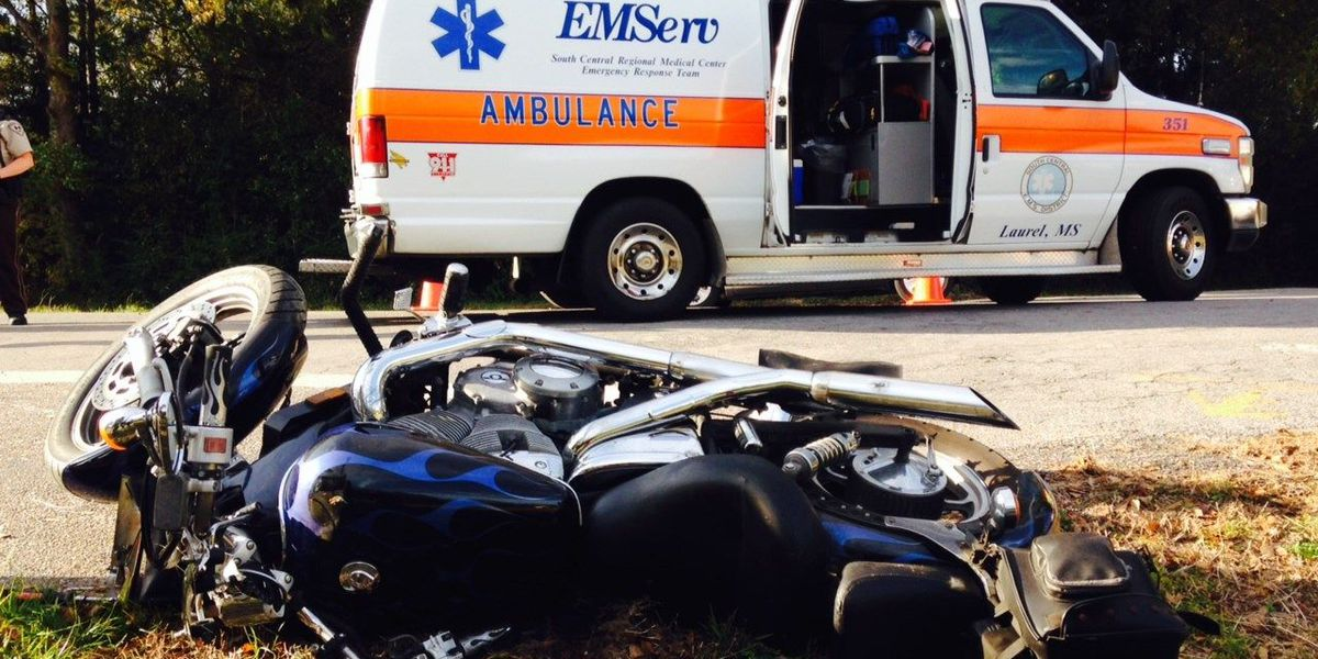 Motorcycle accident seriously injures rider in Jones County