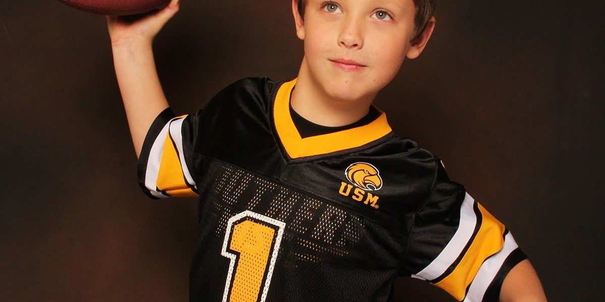 FGH announces junior cheerleader, football player and darlin' of the game
