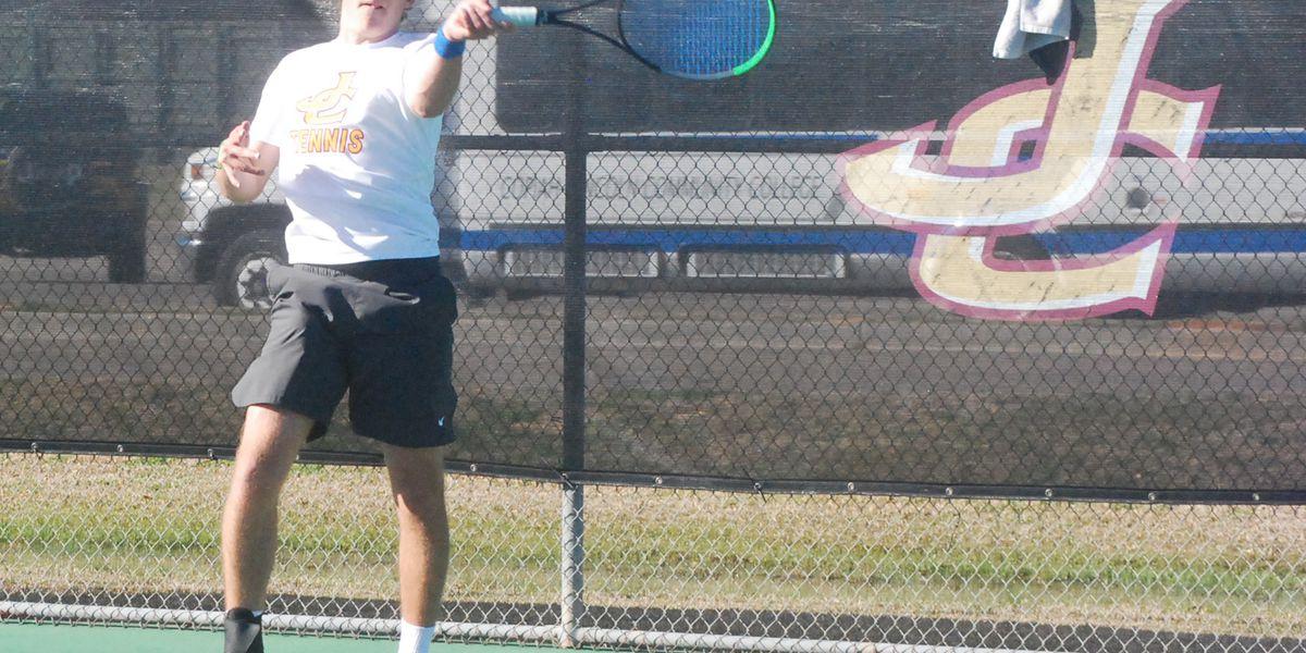 JC men's tennis takes 2 matches in 2 days