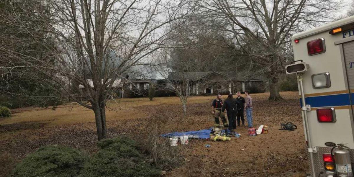 Firefighter injured while battling blaze in Marion Co.