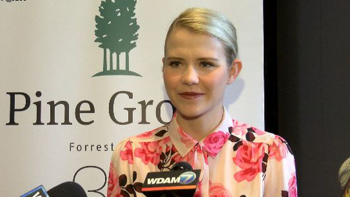 Elizabeth Smart shares story of hope for Pine Grove's anniversary