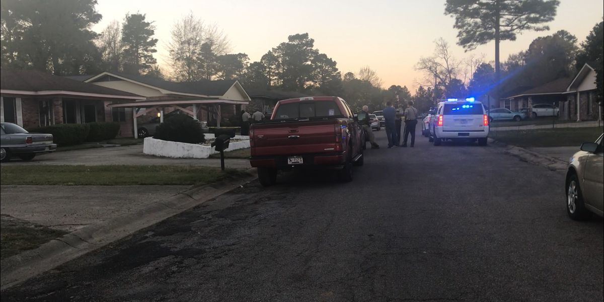 Forrest Co. deputies investigating shooting in Rawls Springs