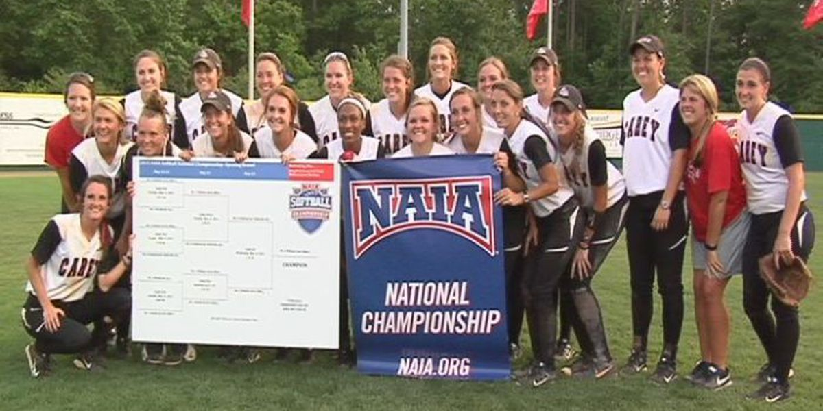 Lady Crusaders advance to NAIA Softball World Series