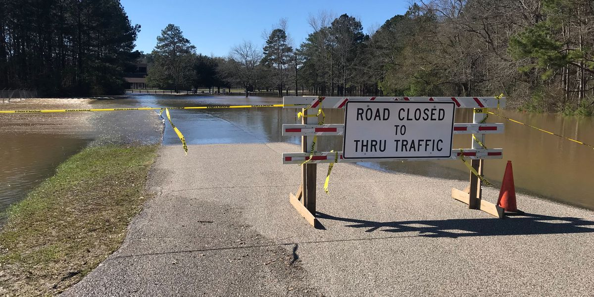 Water rescue efforts taking place in Marion Co. due to Pearl River flooding