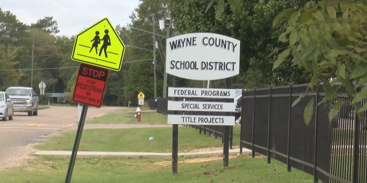 Wayne Co. School District employee tests positive for COVID-19