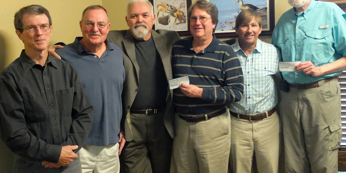 GCRL receives donations for youth programs and tarpon research