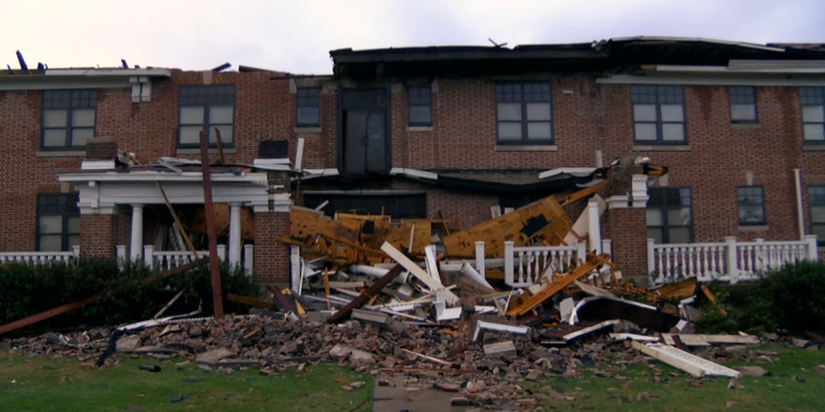 William Carey students protect others in dorms during deadly tornado