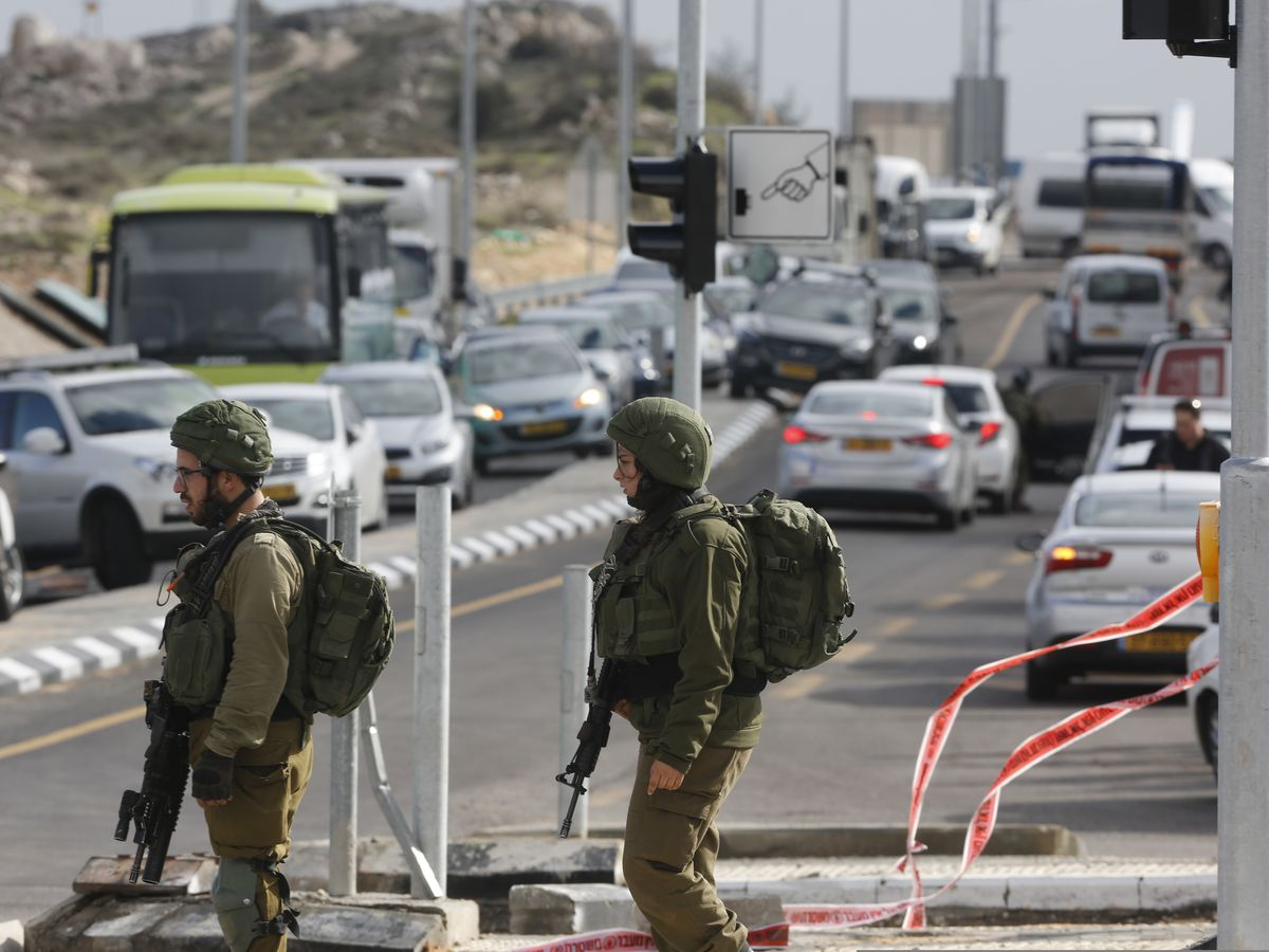 Dozens arrested as Israel steps up West Bank manhunt