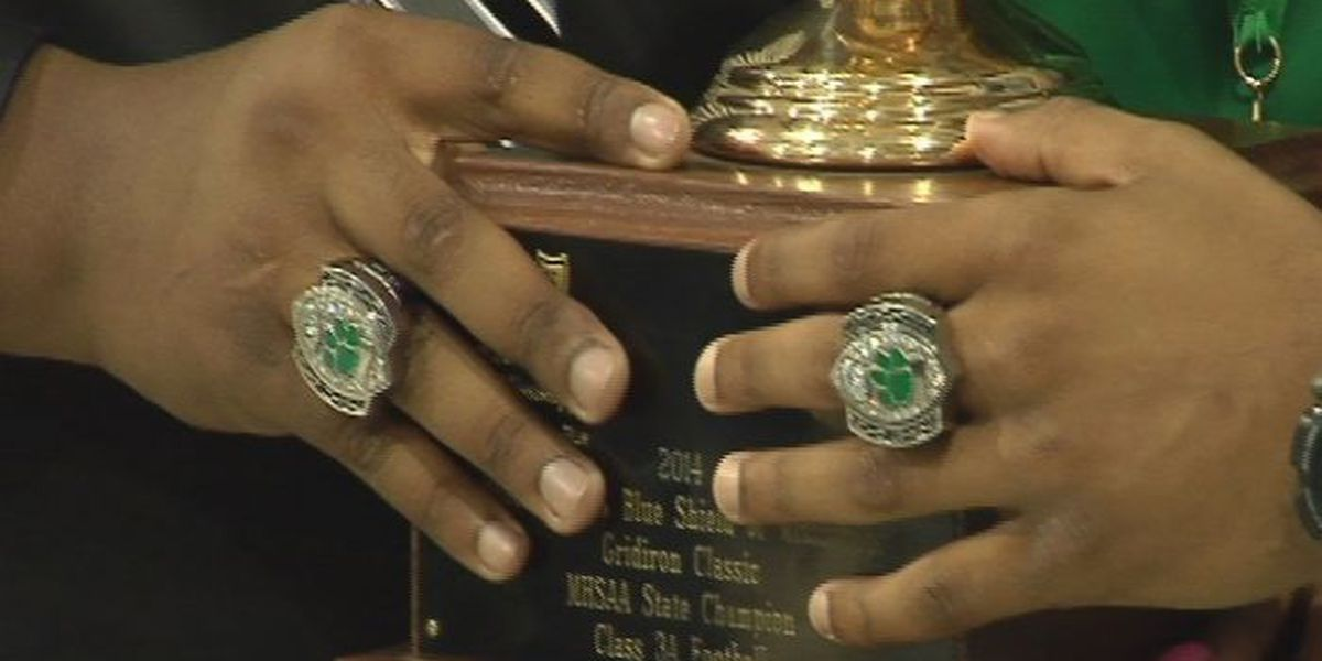 Collins football team receives championship rings
