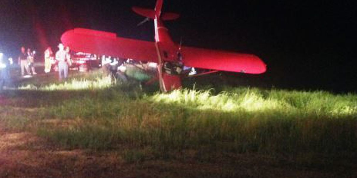 Pilot in Laurel hospital after crashing his plane onto Smith highway
