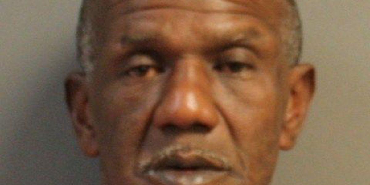 Hattiesburg man arrested for auto burglary