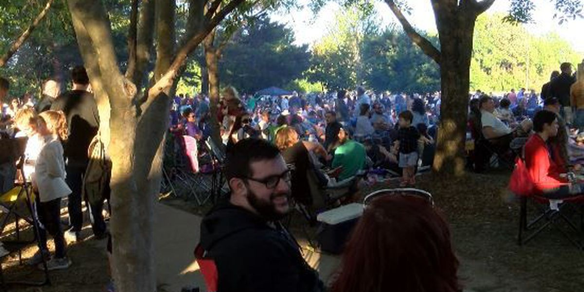 Hundreds attend Live at Five in downtown Hattiesburg
