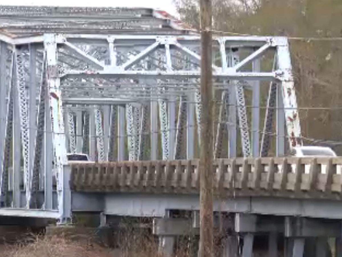 East Hardy Street bridge to be replaced