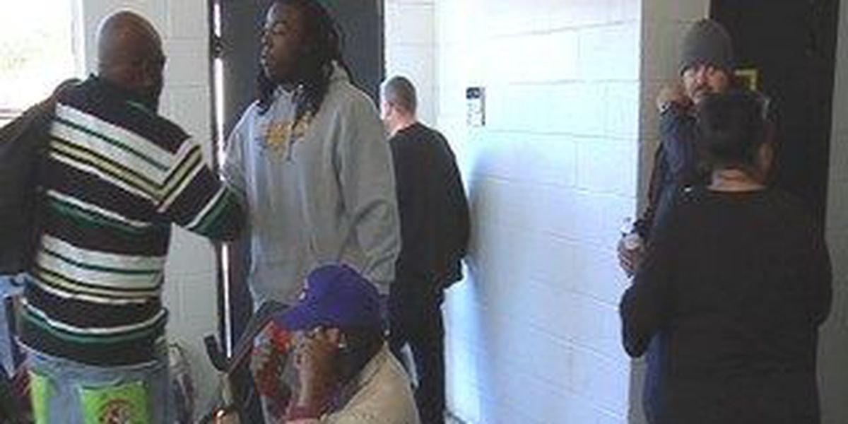 Southern Miss junior reaches out to homeless at thanksgiving