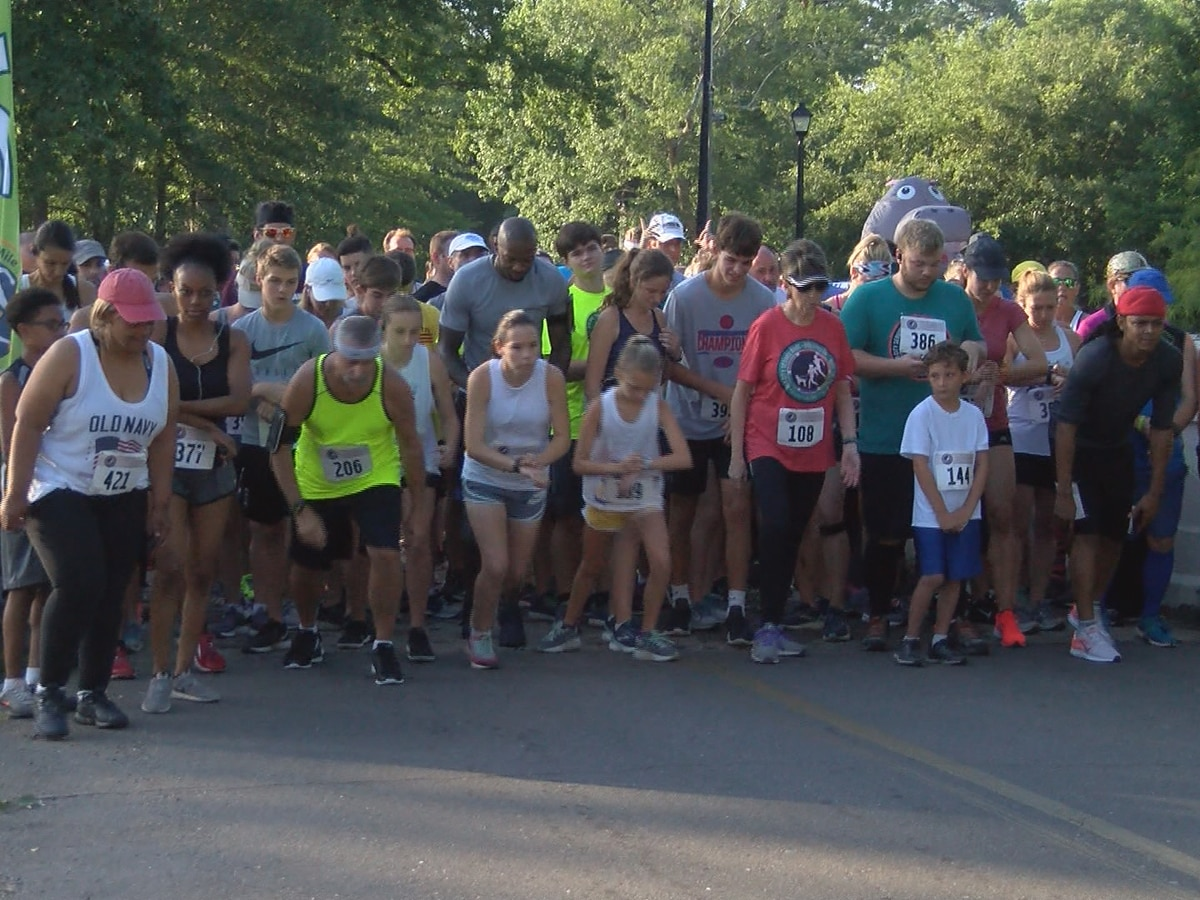 Dog Days run/walk raises money for service dogs