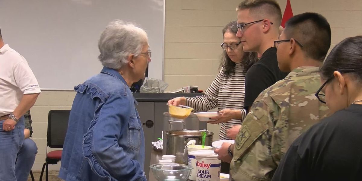 Gulfport woman makes homemade meals for Seabees to show her appreciation