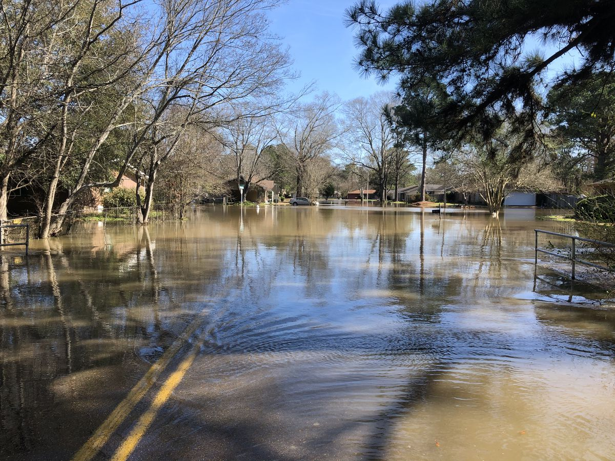 State Board of Contractors offers tips to home owners affected by flooding to avoid scams