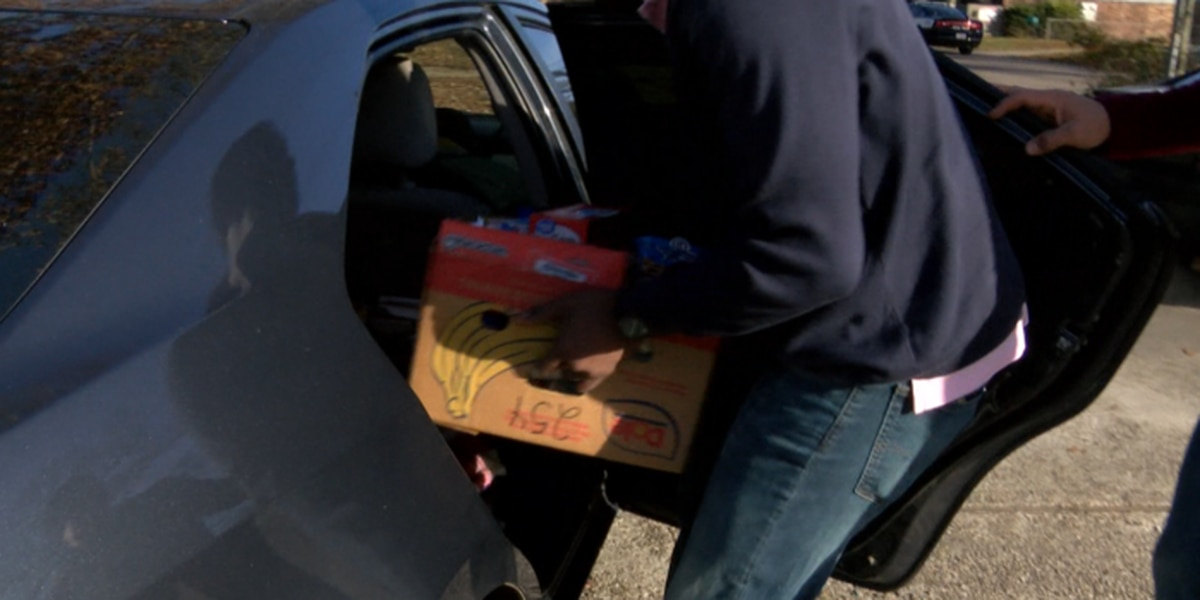 Petal Children's Task Force hands out food for holidays