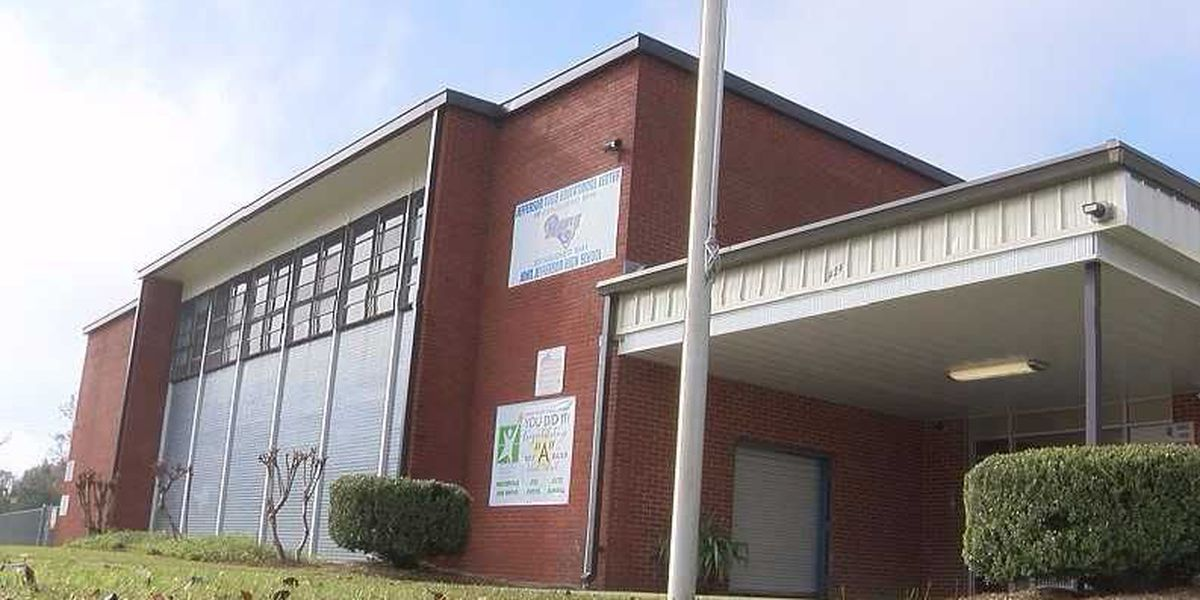 Lamar Co. School District looking to refinance bonds, hopeful to save nearly $1 million