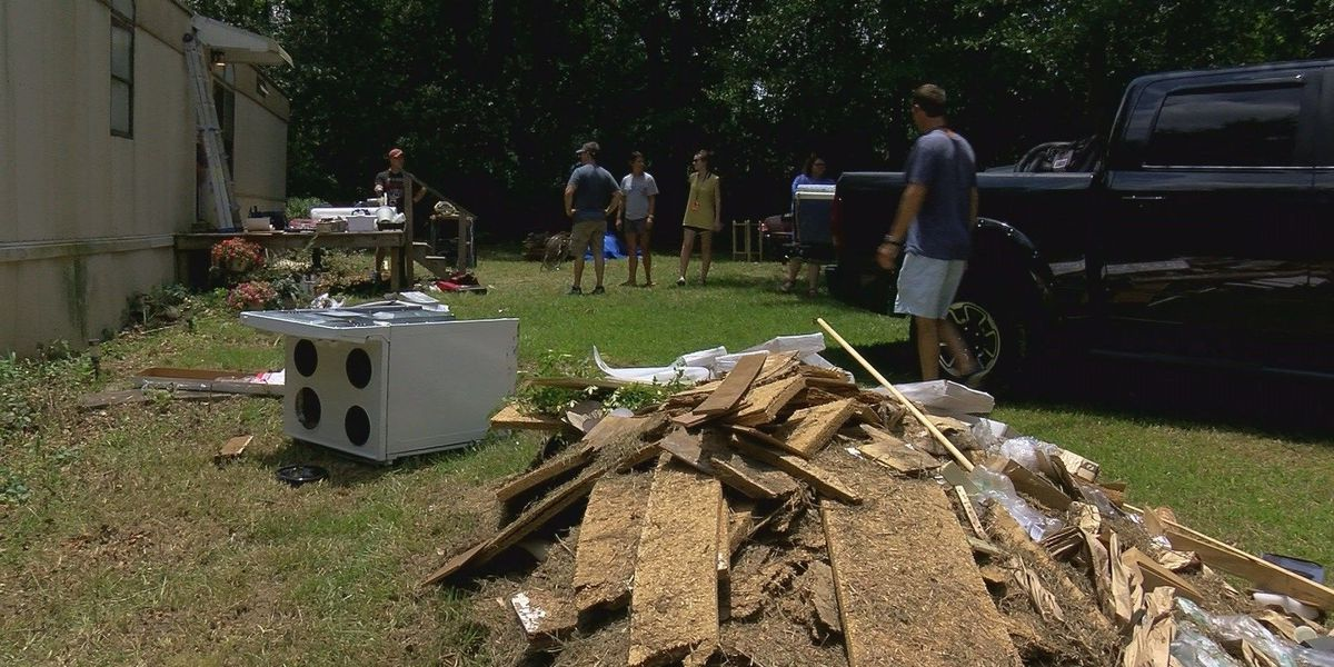Hundreds of campers give back to Pine Belt communities