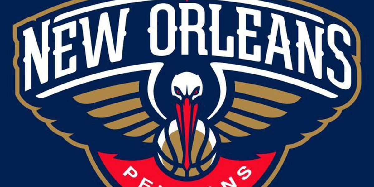 Davis leads Pelicans past Spurs, 108-103 and into playoffs