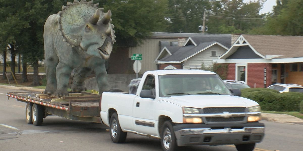 Lake Terrace Convention Center announces dinosaur exhibit