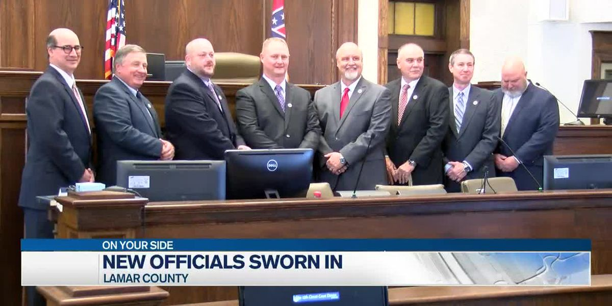 Lamar County swears in newly elected public officials