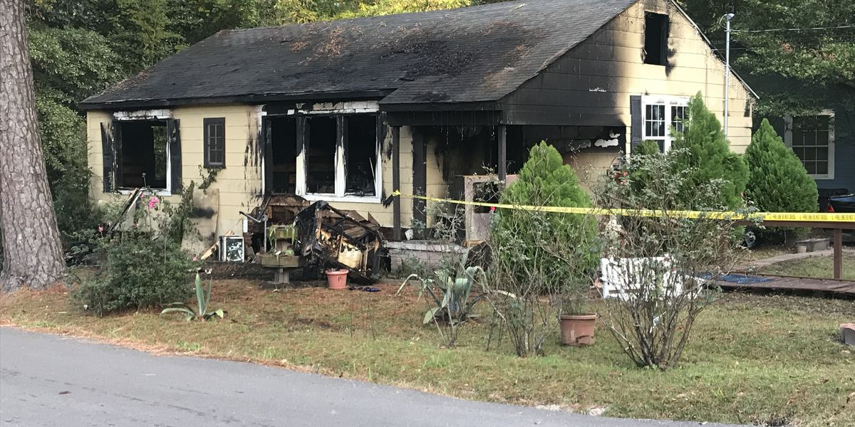 Officials investigating cause of house fire in Hattiesburg