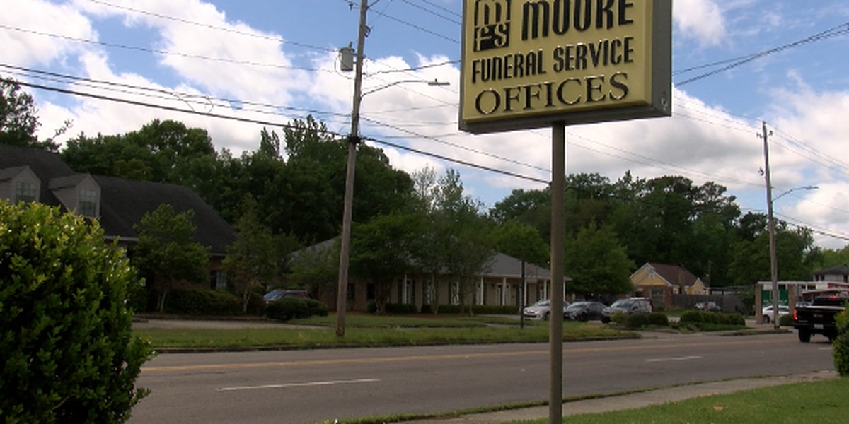 COVID-19 leads to funeral home operation changes