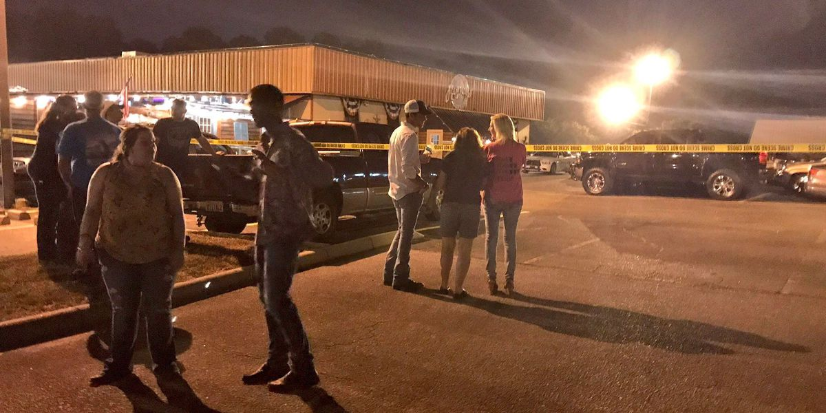 Bar goers, Ropers manager speaks out after shooting in parking lot