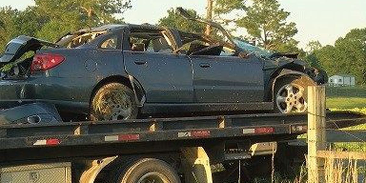 Meridian man injured in Perry Co. car wreck