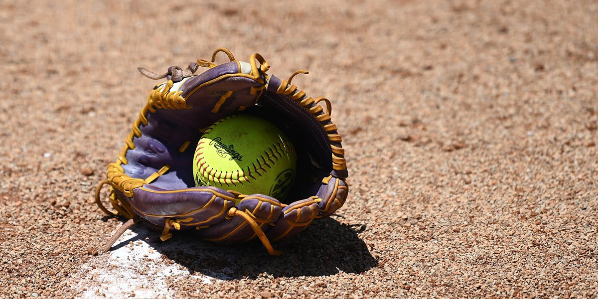 PRCC splits opening weekend of softball