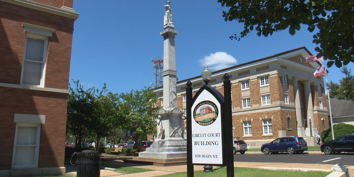 Referendum to relocate Confederate monument fails in Forrest County