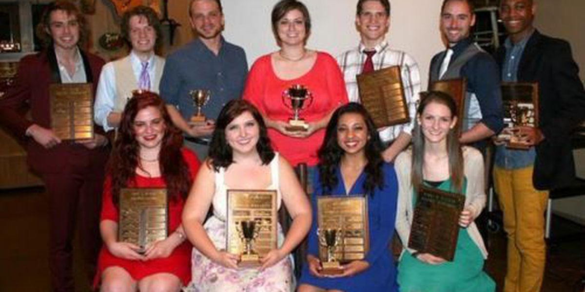 Willam Carey honors theatre students at annual dinner