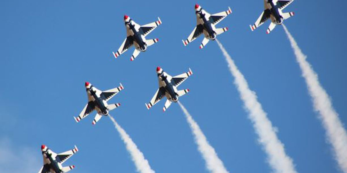 Thunderbirds take to the skies Friday ahead of weekend show