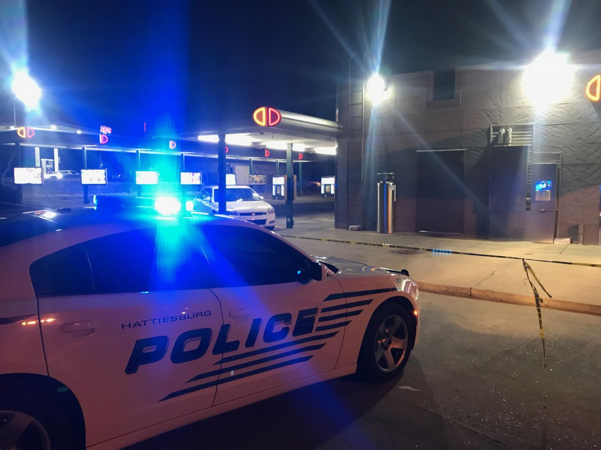 Hattiesburg police investigating armed robbery at restaurant